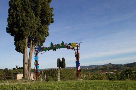 La Porta sul Vigneto di Ugo Nespolo (photo by Omar Pistamiglio)
